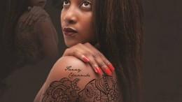Fanny Chiambe - Tatuagem